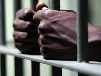 Δεκάδες κρατούμενοι δραπέτευσαν από φυλακή της Νιγηρίας