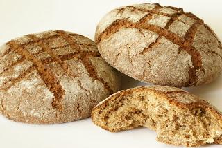 Καταγγελίες αρτοποιών για ψωμί που πωλείται στα LIDL