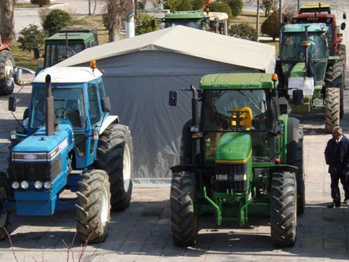 Παλαμάς: Τα τρακτέρ στην κεντρική πλατεία
