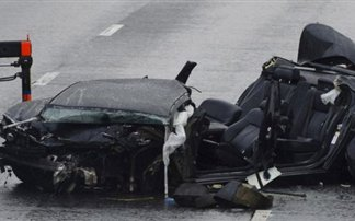 Σμπαράλια δύο BMW έπειτα από κόντρες