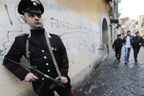 Εκτελεστές της μαφίας σκότωσαν 50χρονο έξω από παιδικό σταθμό στη Νάπολη