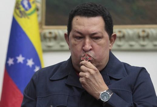 Στην Κούβα ο Ούγκο Τσάβες για νέα επέμβαση