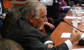 Επερώτηση Χρήστου Βούλγαρη για μαρμάρινη στήλη στους Κωφούς