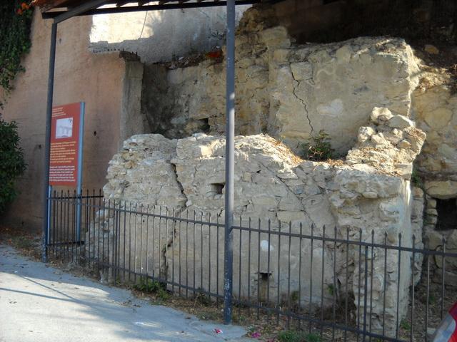 Ρωμαϊκά λουτρά στη Σκόπελο
