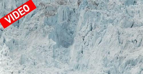 Βιντεοσκόπηση της διάλυσης του μεγαλύτερου παγόβουνου
