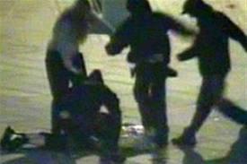 Συνελήφθη 30χρονος για την επίθεση εναντίον χρυσαυγιτών