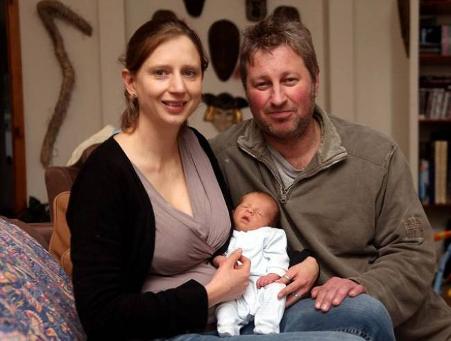 Έγκυος έπαθε σοκ όταν είδε ληστές και... γέννησε!