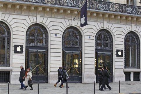 Ληστεία σε κατάστημα της Apple στο Παρίσι με λεία ένα εκατομμύριο ευρώ