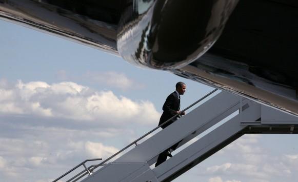 Με το... μαγικό στυλό υπέγραψε ο Ομπάμα τη συμφωνία για το χρέος