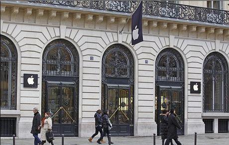 Διάρρηξη σε κατάστημα της Apple στο Παρίσι