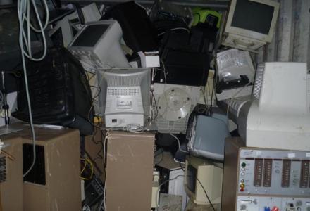 Αχρηστες συσκευές σε απόσυρση
