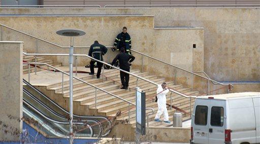 Τι δείχνουν οι έρευνες της αστυνομίας για τη βόμβα στο Mall
