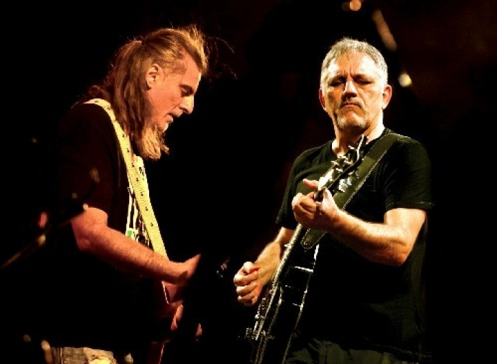 Ο Φίλλιπος Πλιάτσικας και ο Νίκος Πορτοκάλογλου σε κοινή συναυλία