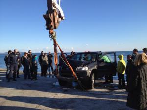 Αγροτικό έπεσε στο λιμάνι της Αλοννήσου