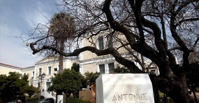 Ν.Κακλαμάνης για την αφαίρεση των προτομών: Ιδιώνυμο ο βανδαλισμός μνημείων