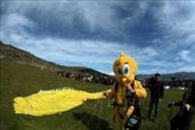 Λάρισα : Ιπτάμενο καρναβάλι Ελασσόνας