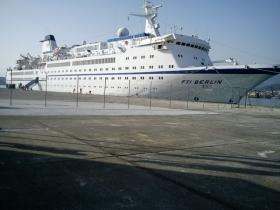Το πρώτο κρουαζιερόπλοιο του 2013