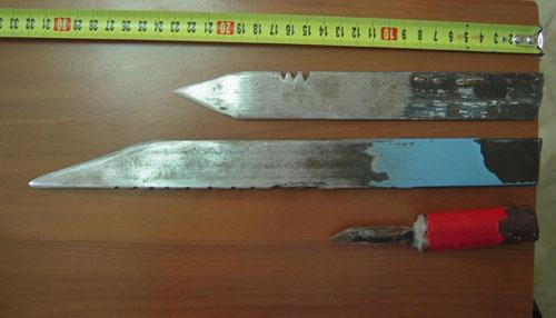 Μαχαίρια και κινητά βρέθηκαν σε ελέγχους στις φυλακές Γρεβενών