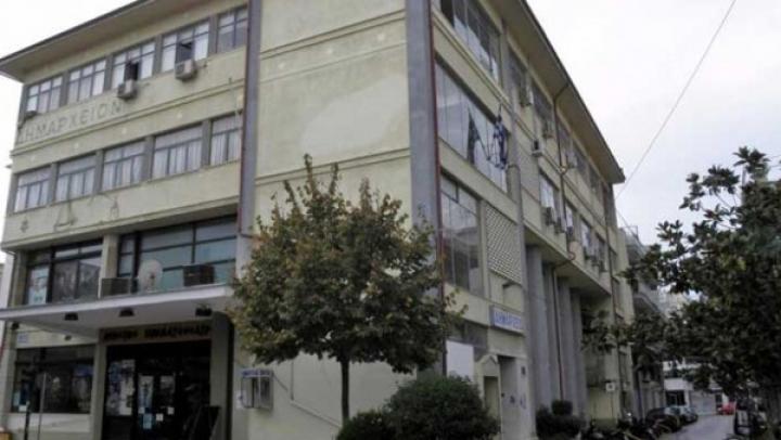 Καρδίτσα: Κατέλαβαν το κτήριο της ΔΗΚΕΚ οι απλήρωτοι εργαζόμενοι