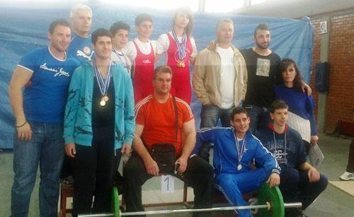 Σάρωσαν τα μετάλλια oι αρσιβαρίστες του Ολυμπιακού Βόλου