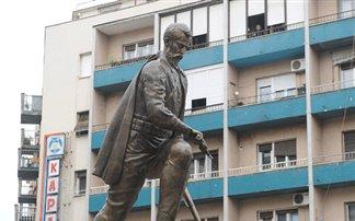 Πάνω από 200 εκατ. ευρώ για τα αγάλματα των Σκοπίων