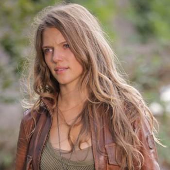 Τρέισι Σπυριδάκος: Η Σπαρτιάτισσα που θα «σώσει» τη Γη στην αμερικανική ΤV
