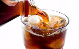 Αυξάνουν τον κίνδυνο για διαβήτη τα αναψυκτικά με ζάχαρη