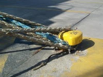Δεμένο το πλοίο λόγω απεργίας