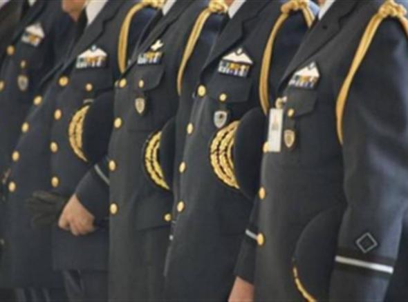 Ένοπλες Δυνάμεις: Μειώσεις 50%