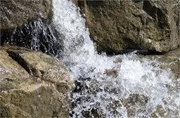 Υδρομάστευση από τα πηγαία νερά της Κερασιάς