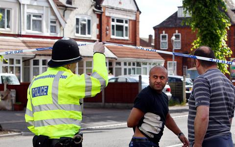 Τέσσερις τραυματίες σε τζαμί στο Μπέρμιγχαμ