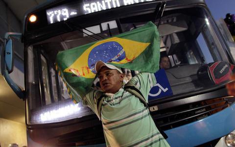 Πήραν πίσω τις αυξήσεις Ρίο και Σάο Πάολο - Συνεχίζονται οι διαδηλώσεις