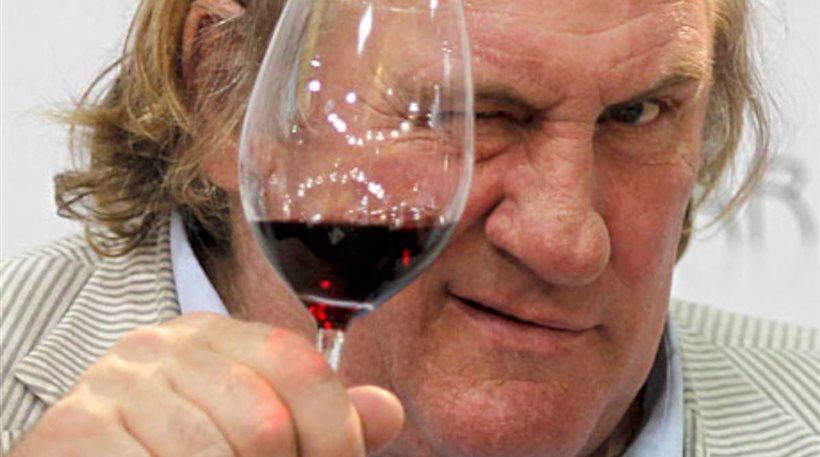 Πρόστιμο 4.000 ευρώ στο Ντεπαρντιέ γιατί οδηγούσε μεθυσμένος