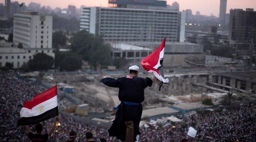 Αίγυπτος: Με αμερικανική... καθοδήγηση η πολιτική της μεταβατικής ηγεσίας