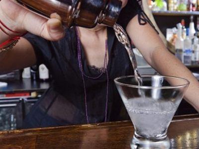 Στο νοσοκομείο ανήλικοι από κατανάλωση αλκοόλ
