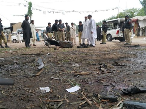 Πολύνεκρη βομβιστική επίθεση στο βορειοανατολικό Πακιστάν