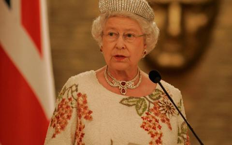 Ελισάβετ: Σχεδίαζε ομιλία προς τους Βρετανούς σε περίπτωση Γ' Παγκοσμίου Πολέμου