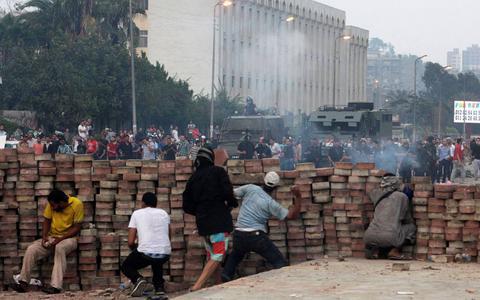 Αίγυπτος: Αποκλείονται οι δρόμοι γύρω από καταυλισμό διαδηλωτών