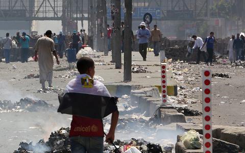 Αίγυπτος: Δακρυγόνα κατά υποστηρικτών του Μόρσι