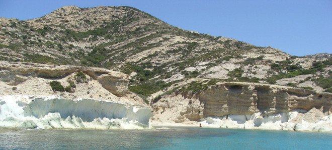 Πολύαιγος: Γνωρίστε το μεγαλύτερο ακατοίκητο νησί του Αιγαίου