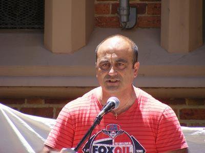 Ομογενής υποψήφιος στο κόμμα του Ασάνζ