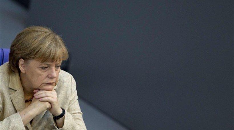 Γερμανία-δημοσκοπήσεις: Η χαλάρωση από τα καλά αποτελέσματα φοβίζει τη Μέρκελ
