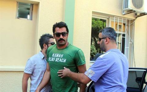Συνελήφθησαν γνωστοί ηθοποιοί στην Τουρκία για ναρκωτικά