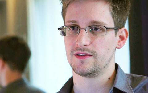 Ρωσία: Συγκεντρώνουν χρήματα μέσω διαδικτύου για τον Σνόουντεν