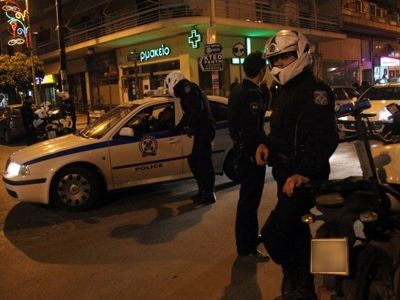 Λάρισα : Αυτοί του πέταξαν μολότοφ - Εκείνος τους πυροβόλησε