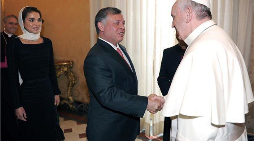Διάλογο για την επίλυση της συριακής κρίσης προτείνουν ο Πάπας και ο βασιλιάς Αμπντάλα της Ιορδανίας
