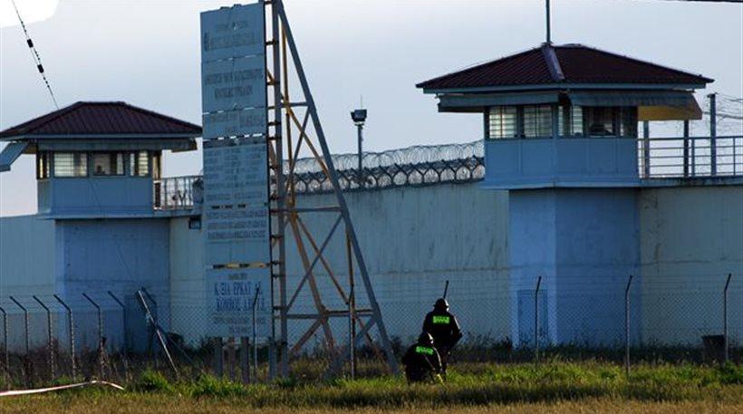 Στις φυλακές Γρεβενών ο 48χρονος που κατηγορείται για αποπλάνηση ανηλίκου