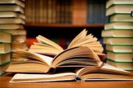 Δωρεά βιβλίων σε μαθητές