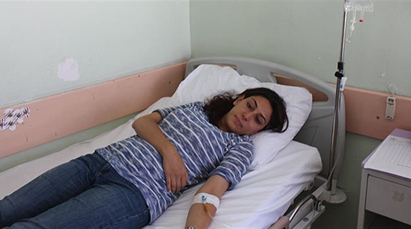 Τουρκία: Τρεις ασθενείς επιτέθηκαν και ξυλοκόπησαν έγκυο γιατρό