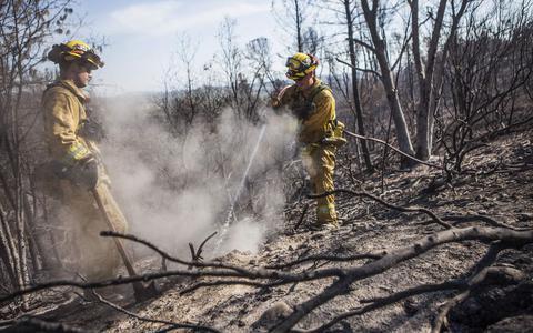 Ενας νεκρός από φωτιά στην Καλιφόρνια